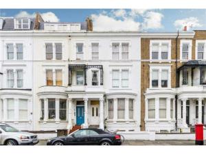 Terrace House Sinclair Road, Kensington